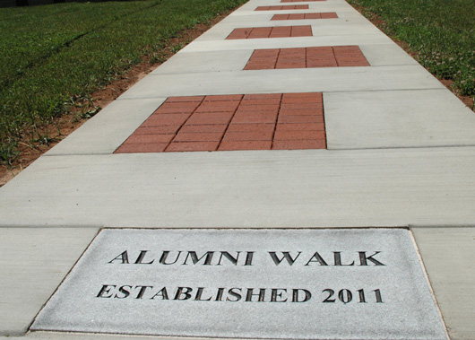 alumni-walk-001-main
